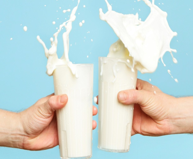 milk, lactose free, almond milk, womens health, nutrition