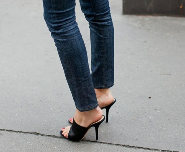 fashion trends, shoes, mules, comeback, birkenstocks, style
