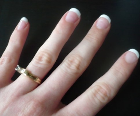 Beauty Tips: DIY French Manicure Tutorial