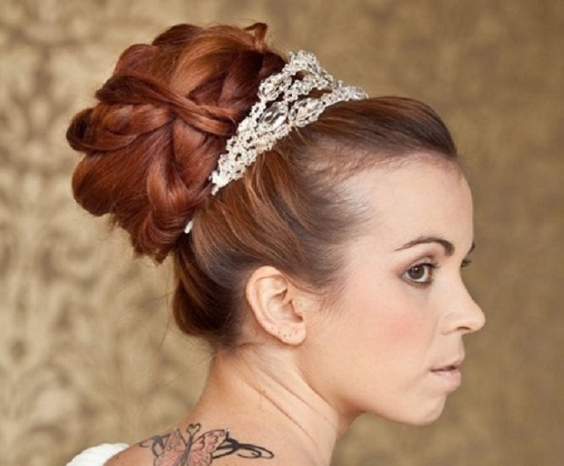 Bridal hairstyles archives shesaid bridal hairstyles with tiaras junglespirit Choice Image