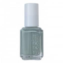 maximillian-strasse-her-essie-nail-polish