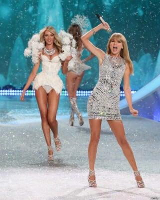 2013 Victoria's Secret Fashion Show - Taylor Swift