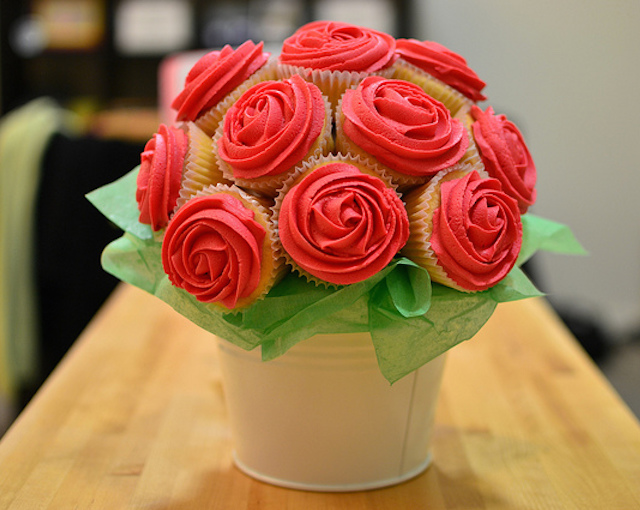 cupcake bouquet, mother's day, gift ideas, cupcakes