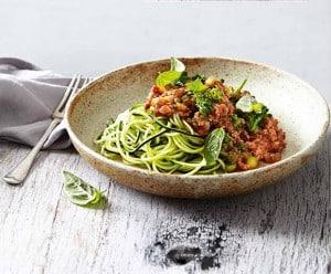 Sally Matterson, Zucchini Noodles, Spaghetti Bolognese, Healthy Recipes, Diet, Nutritious Recipes