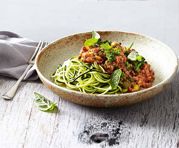 Sally Matterson, Zucchini Noodles, Spaghetti Bolognese, Healthy Recipes, Diet, Nutritious Recipes