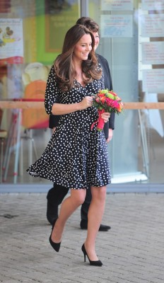 duchess kate blue polka dot dress