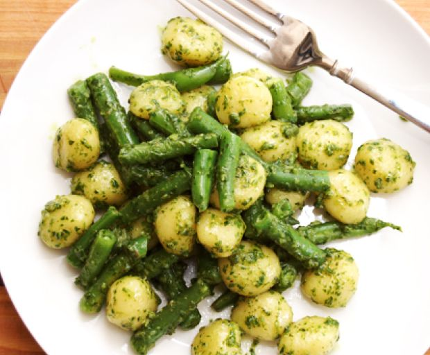 Homemade Pesto Gnocchi with Green Beans