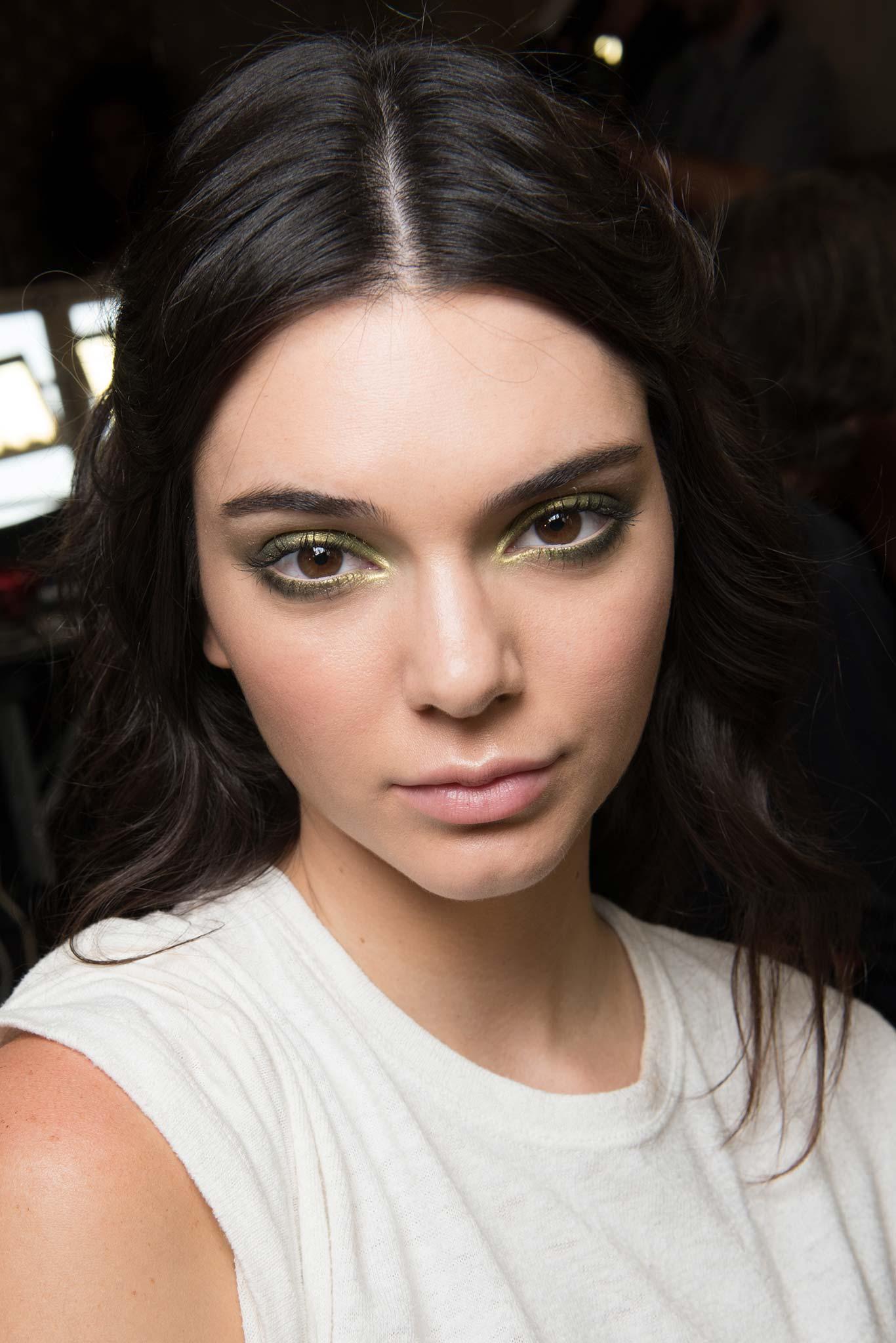 70s makeup trends