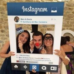social media, wedding, bride-to-be, Instagram, Facebook, honeymoon, blog