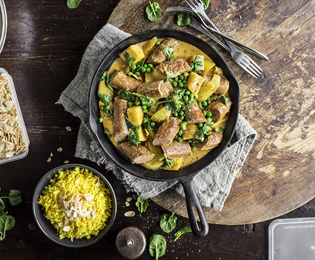 Curried Sausages, Woolworth's Recipes, Winter recipes, Wuick and easy dinner, sausages