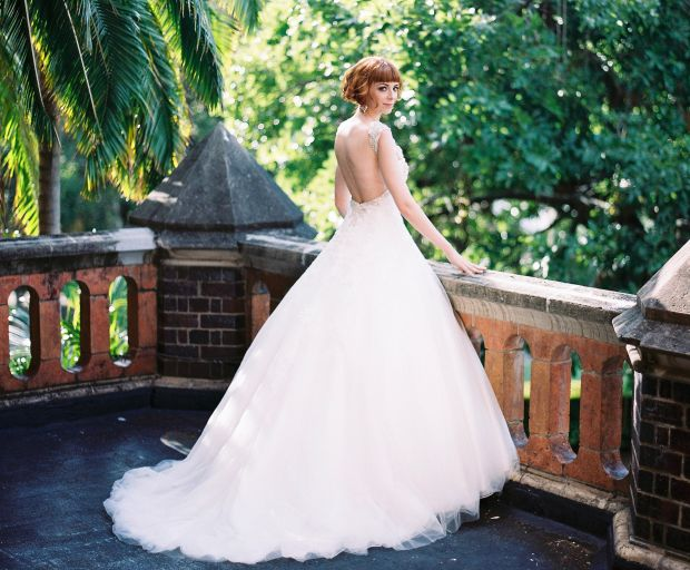 Top 5 Tips To Find Your Dream Wedding Gown