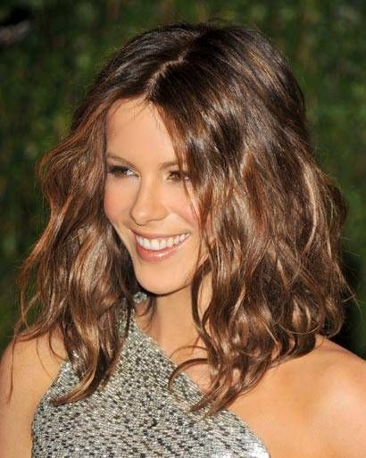 Kate Beckinsale shaggy bob hairstyle