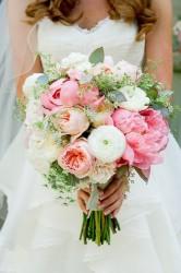 6 Beautiful Bridal Bouquets