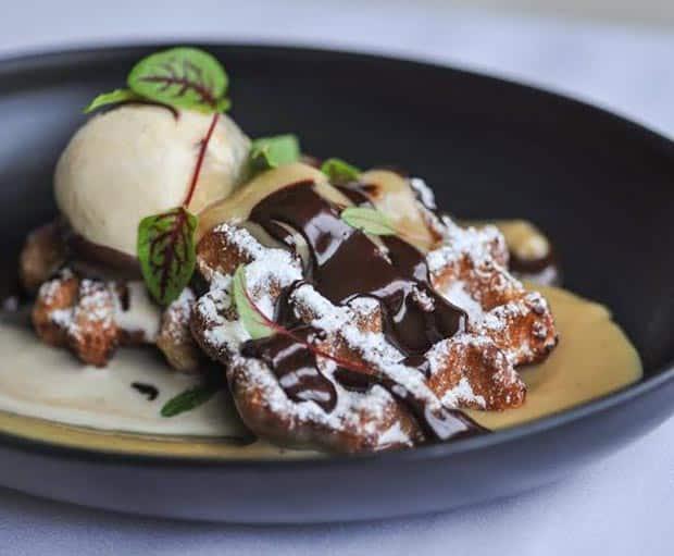 Waffles, Belgian Waffles, Breakfast recipes, Decadent Breakfast recipes, Chocolate, Chocolate Ganache, Gourmet breakfast