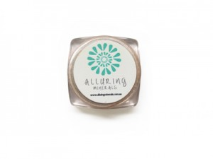 makeup, cosmetics, beauty, natural, organic, chemical-free