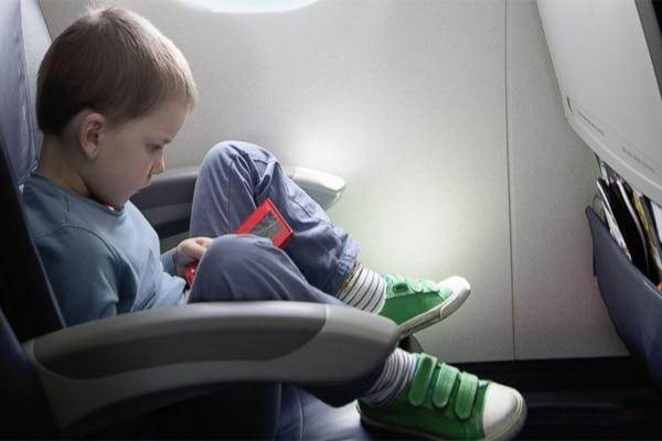 Kid-on-plane