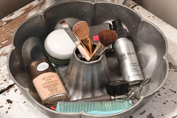 Makeup-storage8