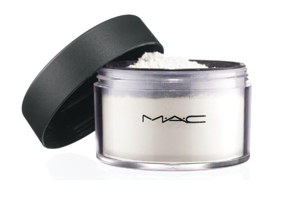 M.A.C Invisible Powder