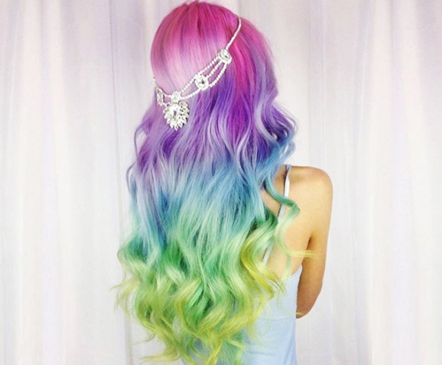 tye dyed hair