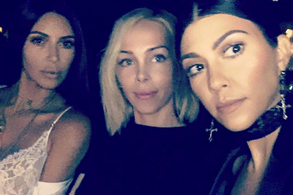 Kim with stylist and friend Simone and sister Kourtney. (Snapchat)