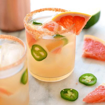 spicy-grapefruit-margaritas-text
