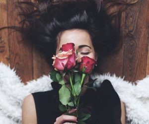 Roses Fell Love First Sight