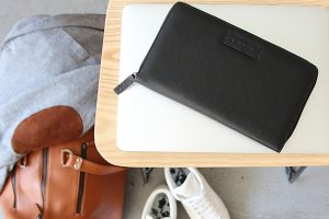 burton travel wallet