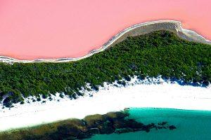 pink-travel-lake