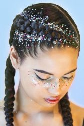 holiday hair glitter