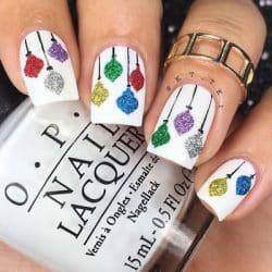 christmas nail art baubles