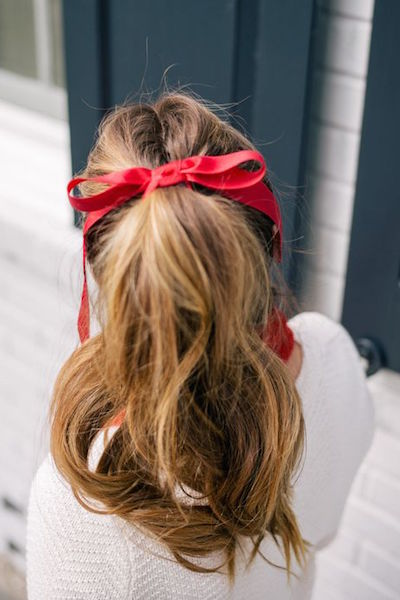 christmas party hairstyle ponytail